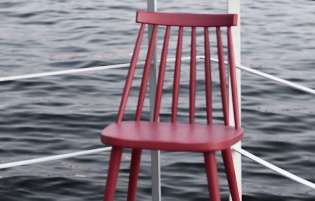 Ile kosztuje pomalowanie krzesła drewnianego?